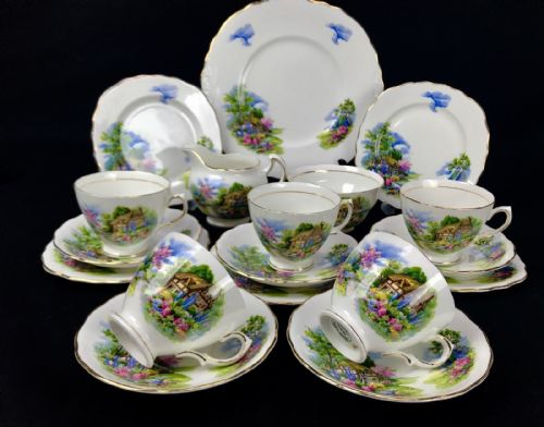 Vintage Royal Vale China Tea Set For 5 People / Homestead / Trio Cup And Saucer